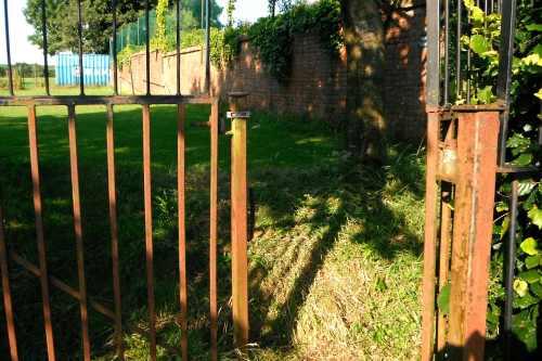 Draycott College play-area gates